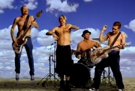 Кадры клипа Red Hot Chili Peppers - Californication