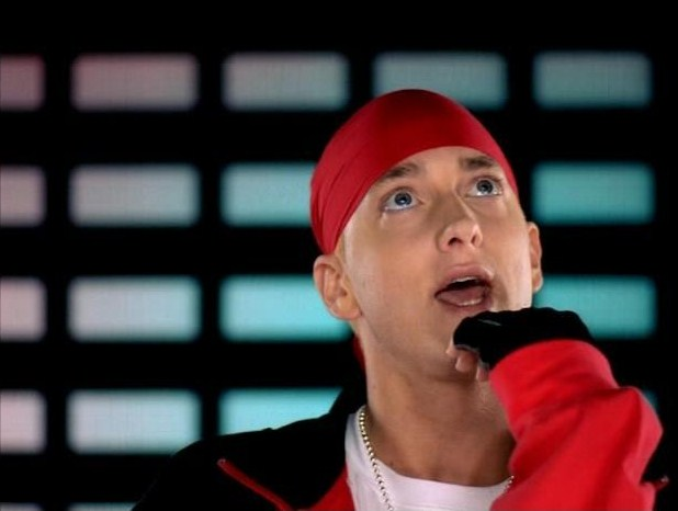 Кадры клипа Eminem - Just Lose It