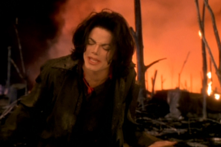 Кадры клипа Michael Jackson - Earth Song