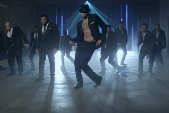 Кадры клипа Chris Brown  - Turn Up The Music